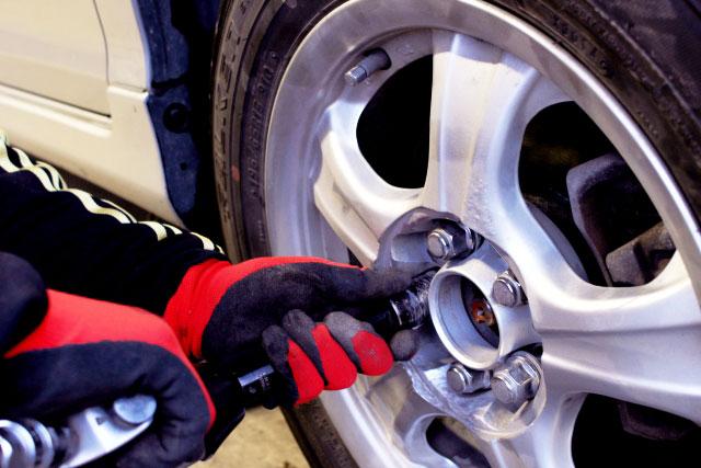 保険会社指定工場 - 秀和自動車は様々な保険会社の指定工場。だから安心・安全