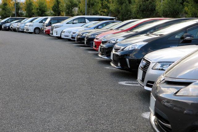 自動車販売 - 新車・中古車ともお客様のご期待にそえるご提案を致します。